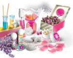 Hraj si a poznávej - Velká parfémová laboratoř Clementoni