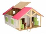 Kids Globe dřevěné koňské stáje s dílnou 1:24
